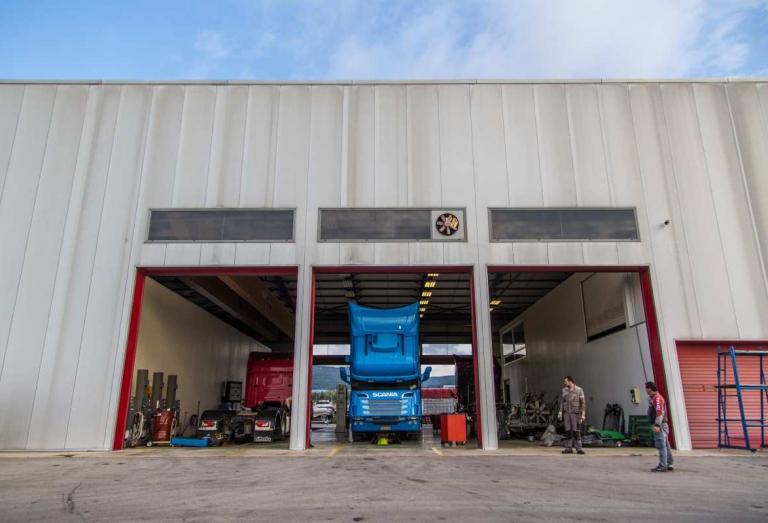 Service Sivris Συνεργείο Φορτηγών 22